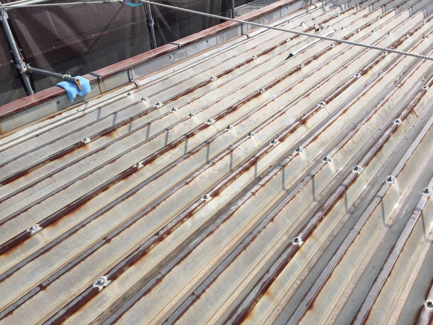 折板屋根サビ